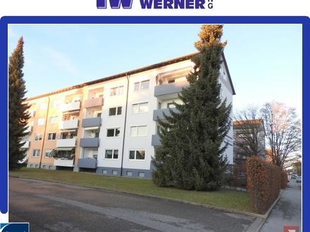 +++Teilrenovierte 3-Zimmer-Wohnung mit neuen Böden, Balkon und Stellplatz!!!+++