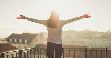 Klein, aber gemütlich: So holen Sie das Beste aus kleinen Balkonen heraus