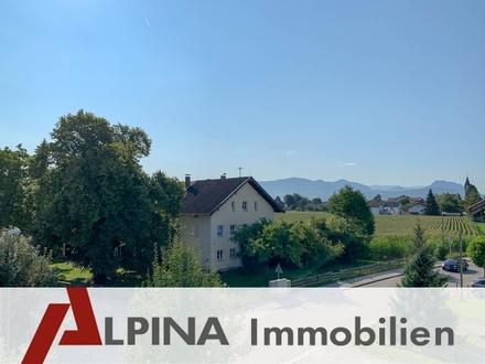Ausstattung - Lage - Panorama perfekt! Fantastische 3-Zi Dachterrassenwohnung am Schloßberg!