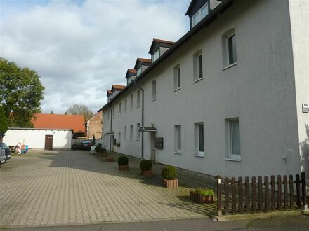 Wir sanieren ! 3 Raum-Dachgeschoss-Wohnung in Elstertrebnitz