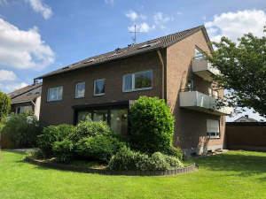 5-Familienhaus mit Erdgeschoss-Wohnung zur Selbstnutzung!