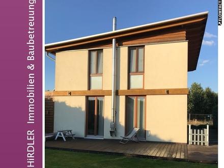 Seltene Gelegenheit: Individuelles Architektenhaus mitten in Kirchweyhe!