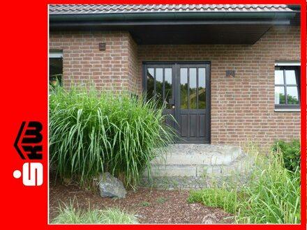 Großzügiges Familienwohnen in Rheda! *** 3698 G Einfamilienhaus mit Einliegerwohnung