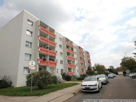 Diese Wohnung bietet 4 Räume mit Südbalkon!