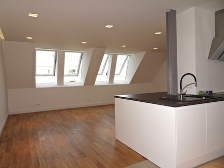 Modern: 3 ZI DG Erstbezug + Klima + Dachterrasse
