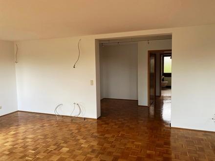 Stilvolle, vollständig renovierte 3,5-Zimmer-Wohnung mit zwei Balkon in Stuttgart - Vahingen