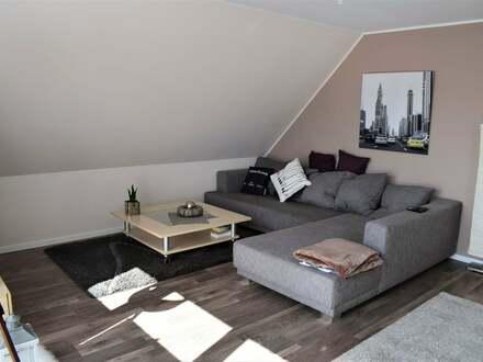 Schöne Dachgeschosswohnung in ruhiger Lage und netter Nachbarschaft