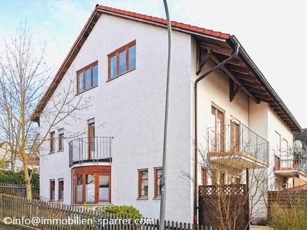 Doppelhaushälfte in Hanglage mit Garten und Garage in ruhiger idyllischer Zentrumsnaher Lage