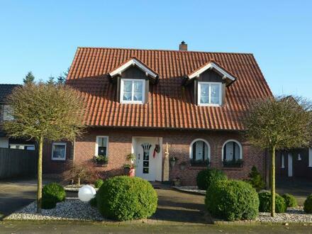 Zentrumnahes und vielseitig nutzbares Zweifamilienhaus in Cloppenburg