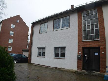 Mehrfamilienhaus, drei erstklassige Eigentumswohnungen bietend, als Kapitalanlage mit guter Rendite in HB-Aumund/Hammersbeck