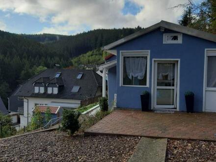 Ruhig gelegenes, renoviertes Einfamilienhaus mit Carport und großem Grundstück in Werdohl-Kleinhammer