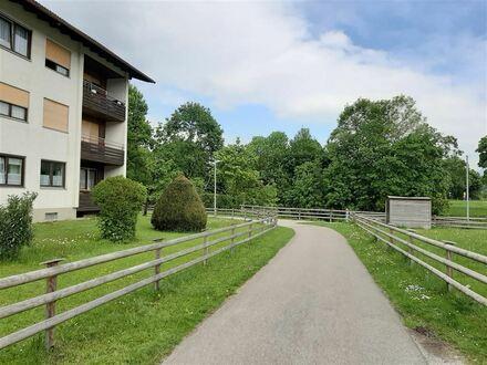 *Attraktive Kapitalanlage (3,6 % Rendite) im Chiemgau: Vermietetes Apartment in guter Wohnlage von Siegsdorf*