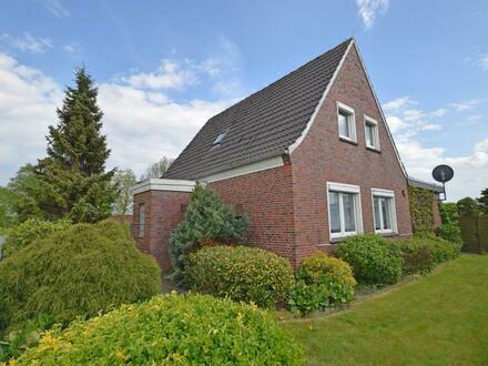 Wohnen, wo Andere Urlaub machen!!Wohnhaus im Grünen mit Garage und Gartenhaus in Westerholt - OT Willmsfeld