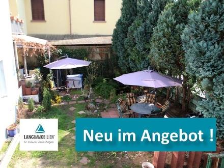 ++ Fechenheim: Gartenwünsche gehen in Erfüllung: Familien-Wohnung mit 4 Zimmern im Altbau ++