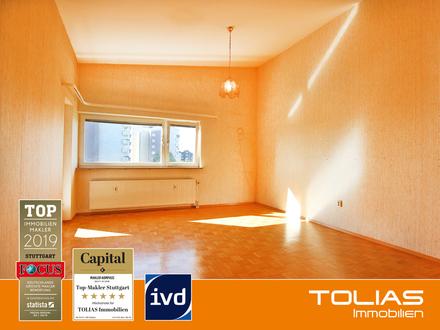 Endlich Zuhause! Renovierungsbedürftige 2 Zimmer-Wohnung mit Balkon