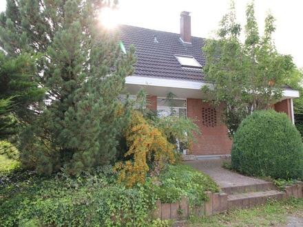 Einfamilienhaus mit großem Gartengrundstück