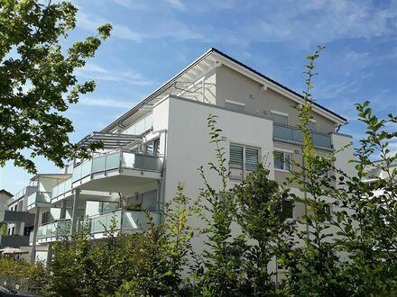 * Exklusive Penthouse-Wohnung zum Verlieben*: NEUBAU in guter Wohnlage in Kolbermoor mit Panorama-Bergblick, großer Dachterrasse/Lift/EBK