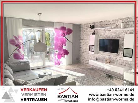Beste Zutaten für hohen Wohngenuss: Ca. 123 m² Wfl. - beste Ausstattung - Terrasse - Garage!