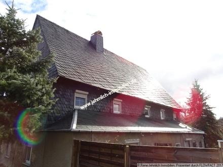 Schönes großes Bauernhaus im Dornröschenschlaf...