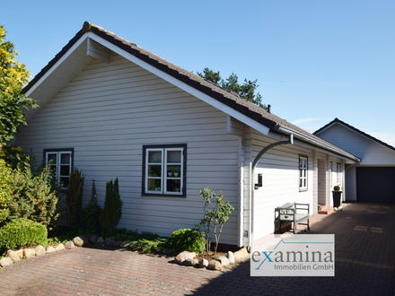 Modernisiertes und geräumiges Holzhaus auf gepflegtem Grundstück mit traumhafter Ausstattung!
