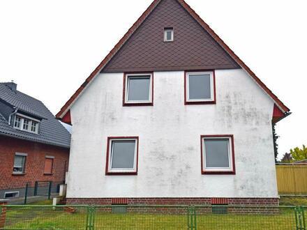 Uriges Siedlungshaus in Soltau mit großem Grundstück, auch als 2 Wohneinheiten nutzbar