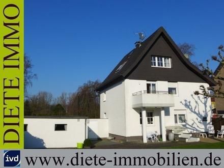 Gepflegtes Zweifamilienhaus -Mehrgenerationenhaus- mit Erweiterungspotential und Südgarten