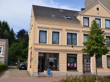Mehrfamilienhaus inklusive 8 attraktiver Stellplätze