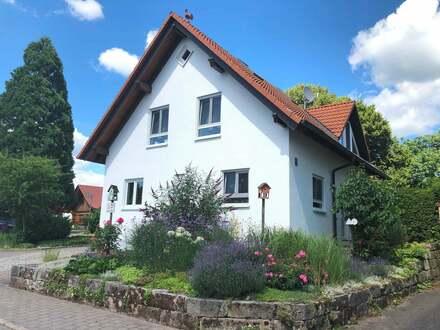 Wohnhaus mit Stil und Flair im Teilort Neunkirchen..