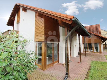 Schönes Einfamilienhaus mit Einliegerbereich und großem Garten!