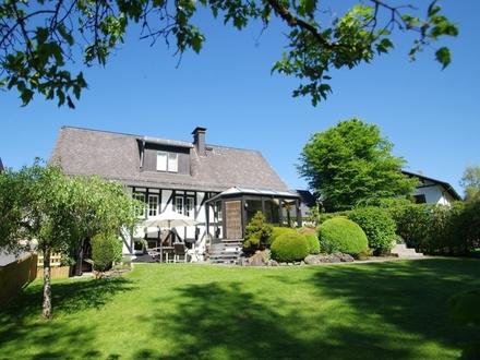 Cottage-Flair und Landromantik
