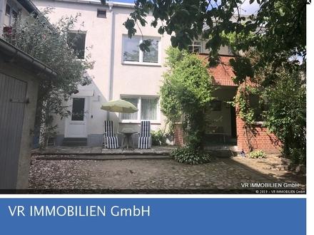 Liebhaberobjekt in der Feldstadt von Schwerin - individuell und sehr privat wohnen -
