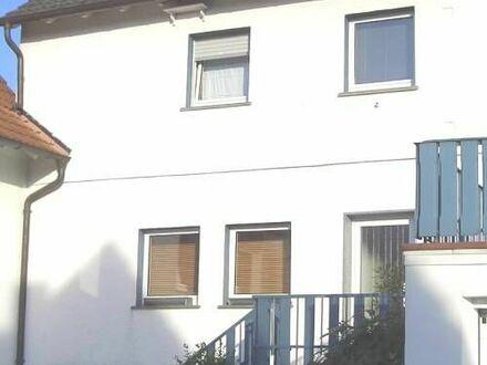 ARNOLD-IMMOBILIEN: Gemütliches Haus in ruhiger Lage