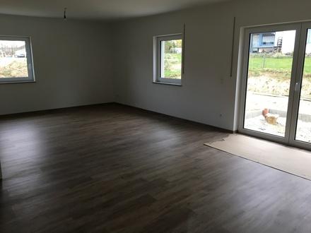 3 Zimmer-Neubauwohnung 86 qm in Aunkirchen, sehr ruhige Lage zum 1.9. zu vermieten