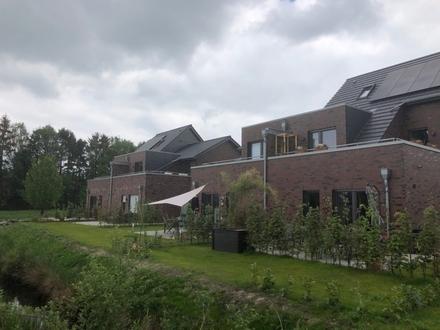 Ab Februar: Schicke 3 Zimmer Erdgeschosswohnung inkl. Einbauküche und Garten in Papenburg zu vermieten!