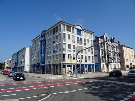 Provisionsfrei für den Mieter!: 138 qm großer Laden in Bahnhofsnähe!