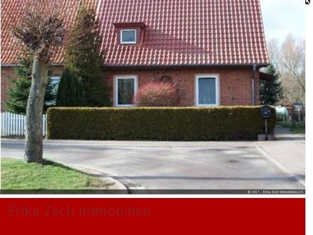 Doppelhaushälfte mit großem Grundstück in 23992 Neuhof bei Neukloster