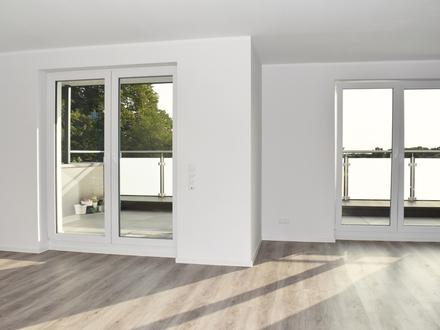 Wahnbek: Neuwertige Dachgeschosswohnung mit Dachterrasse, Obj. 5331