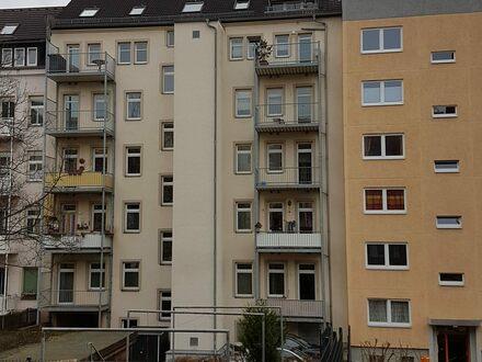 Sonnige, 2-Raum Wohnung im Altbau mit Erzgebirgsblick