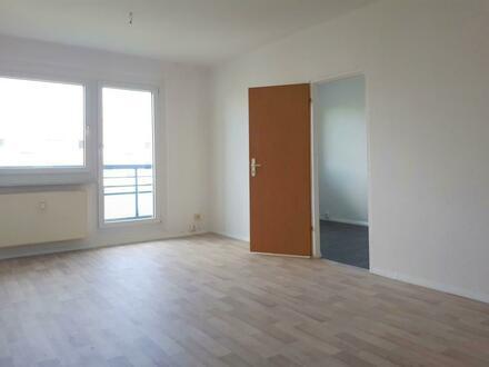 Helle 3 Raum Wohnung mit Balkon!