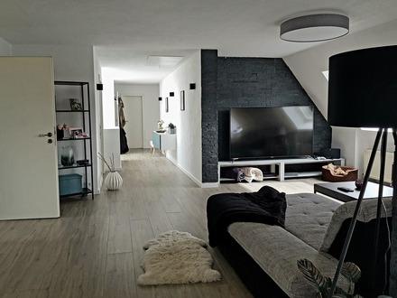 Große Maisonette-Wohnung, 6 1/2 Zimmer über den Dächern von Winterbach