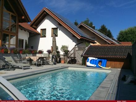 Lust auf etwas Besonderes ? - großzügiges Einfamilienhaus mit Pool & Doppelgarage -ELW