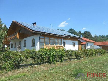 **Außergewöhnliches Einfamilienhaus in Offenberg**
