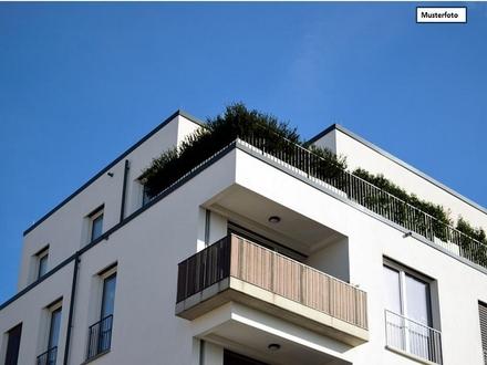 Etagenwohnung in 38448 Wolfsburg, Erlenweg