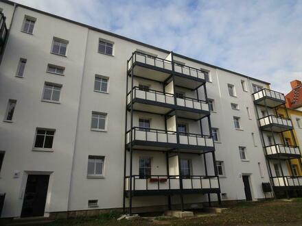 *** Erstbezug nach Sanierung *** 2-Zimmer-Wohnung mit Balkon