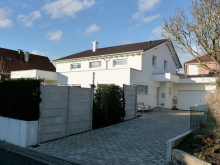 Modernes und neuwertiges Einfamilienhaus in ruhiger Wohnlage in Schorndorf