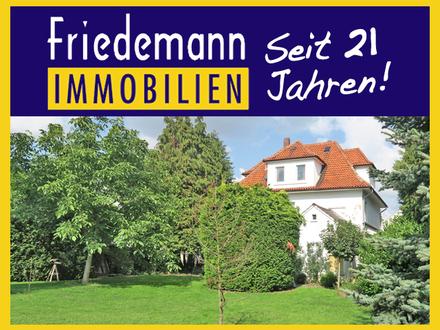 Geräumiges 1-2 Familienhaus auf großem Grundstück mit Südgarten in Toplage von Bad Oeynhausen - Südstadt
