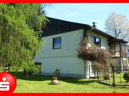 Einfamilienwohnhaus mit kleiner Einliegerwohnung in Rinchnach