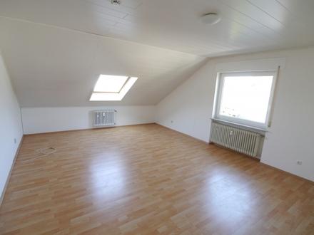 Schöne 1- Zimmerwohnung mit EBK in Winkel