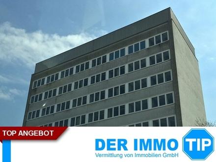 """Bürohaus mit Sicht auf den """"Großen Garten"""" in Dresden Gruna"""