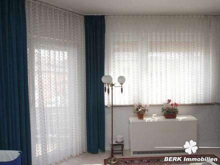 BERK Immobilien - 2-Zimmer + Mansardenzimmer in guter Lage von Krefeld - ideale Einsteigerimmobilie!